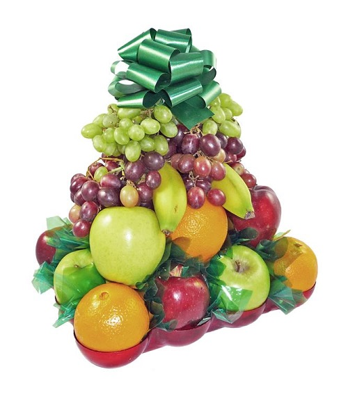 700 Basket with Fruit
